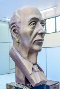 Novo busto de Ulysses Guimarães será feito em fibra de vidro