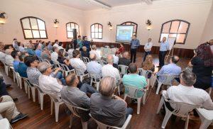 Prefeito assina decreto que fixa regras para o projeto Cidade Inteligente