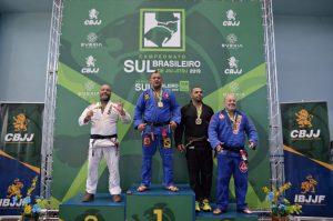 Rio-clarense conquista título no Campeonato Sul Brasileiro de Jiu Jitsu em Florianópólis