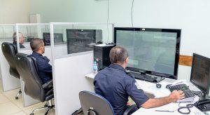 Em 2 dias de teste, 'muralha eletrônica' identifica cinco veículos roubados