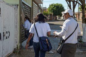 Agentes visitam mais de mil imóveis e retiram 1.350 quilos de criadouros do Aedes
