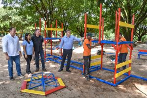 Lago Azul ganha novos brinquedos