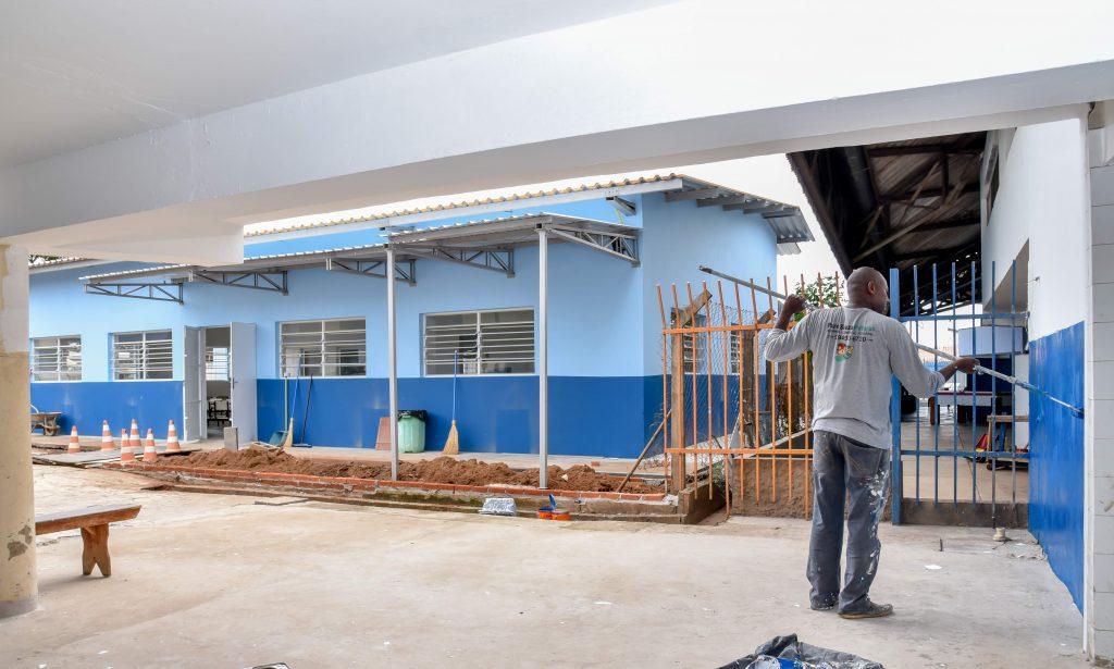 Prefeitura inaugura nova cozinha e refeitório da Escola João Rehder